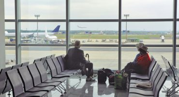 The latest on airport lounges: green spaces