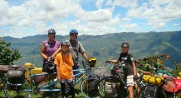 Interview: The Nomad Family on Bikes