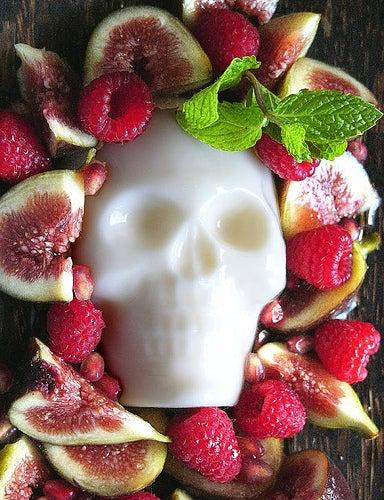panna cotta skull halloween food