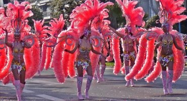 Carnival Around the World {Dates & Tips}