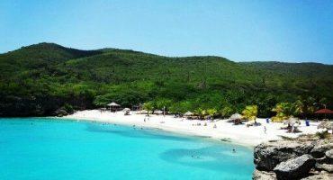 Explore the Beautiful Islands of the Caribbean