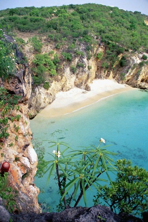Explore the Beautiful Islands of the Caribbean - eDreams ...