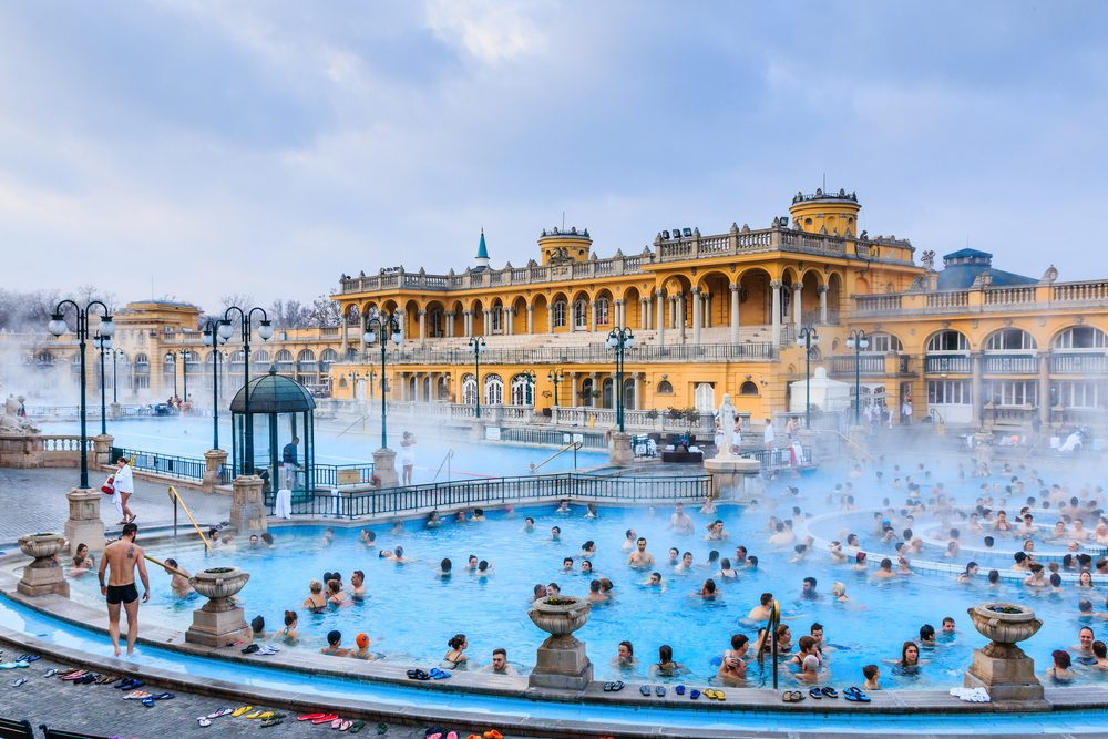 Outdoor thermal spa in Budapest