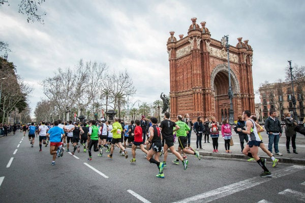 eDreams Marathon runners at the 2013 race