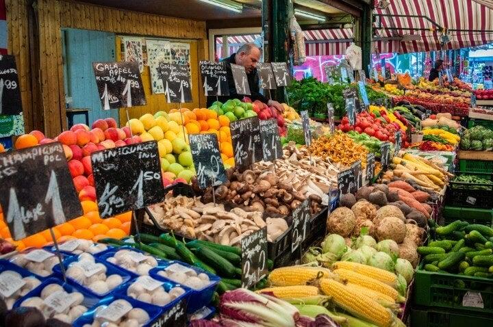 Naschmarkt vienna market
