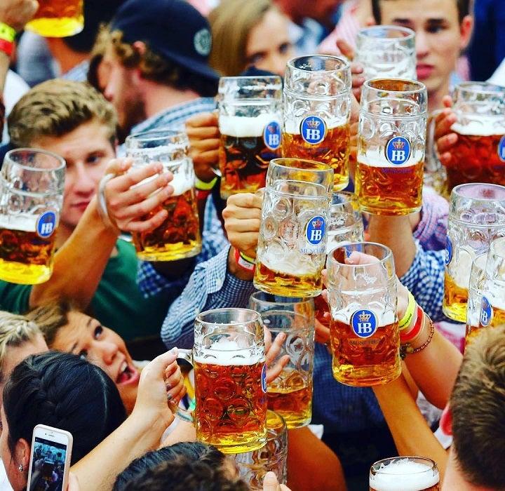 oktoberfest liters of beer