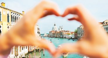 Top 10 Romantic Holiday Destinations for Couples