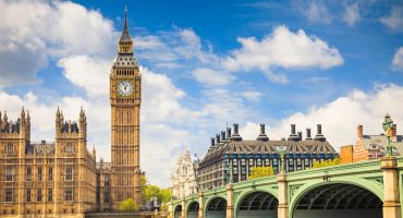 10 Reasons to Move to London