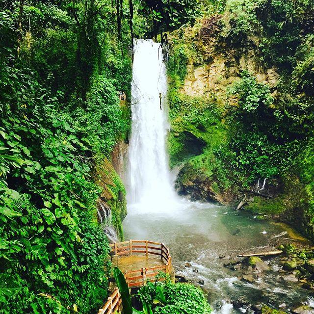 cascadas de costa rica