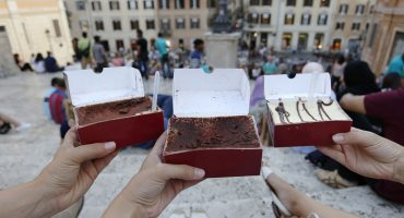 20 Desserts That Will Transport You To Rome