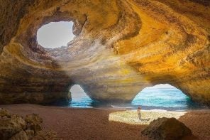 8 reasons to visit Algarve