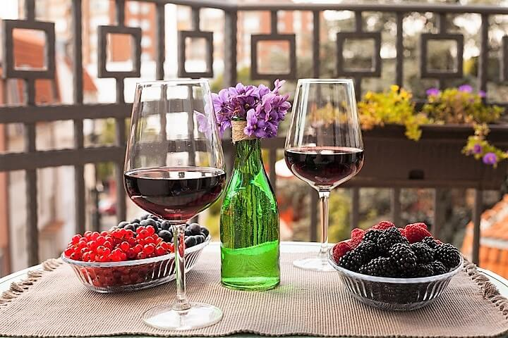 red wine in serbia