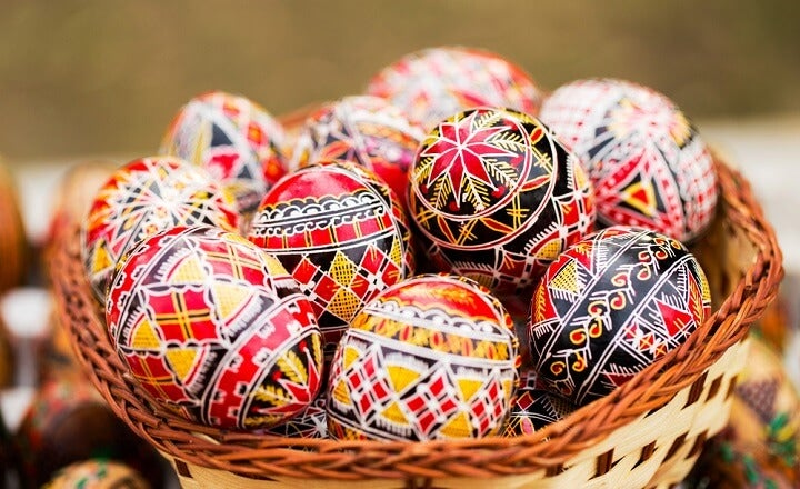 painted eggs romania easter