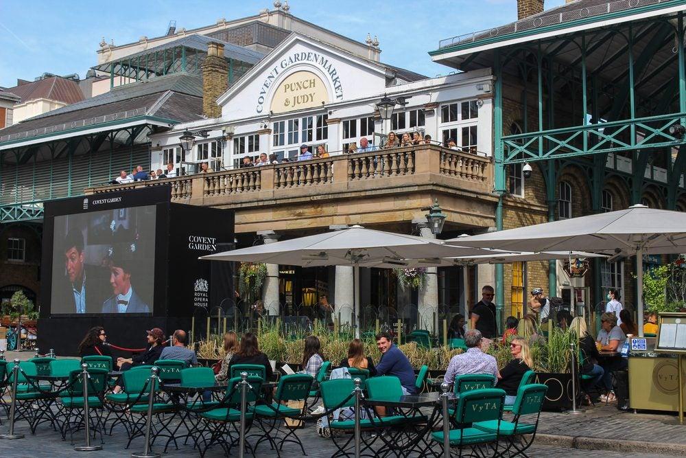 Outdoor pub cinema