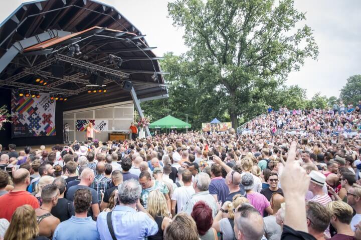 vondelpark free concert in amsterdam