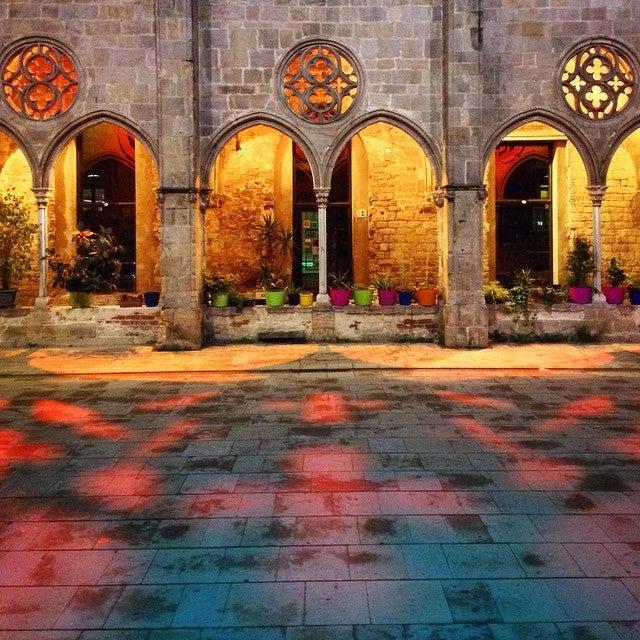 Convent de Sant Agustí - barcelona blonde