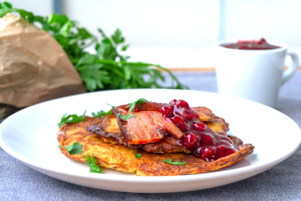 Raggmunk pancakes with bacon and lingonberry