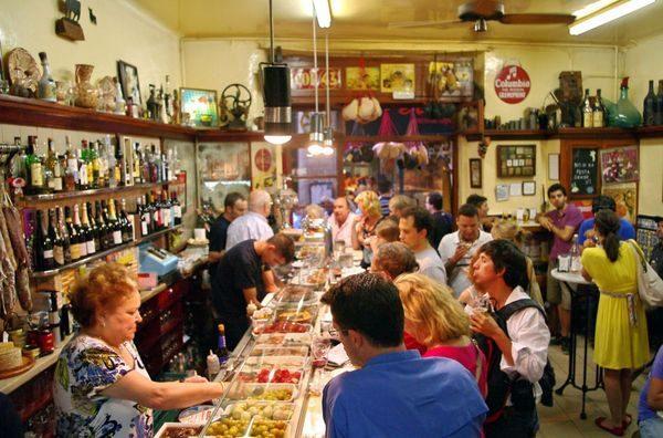 Food guide to Barcelona: Xampanyet