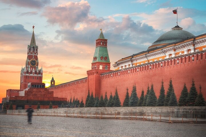 kremlin view in moscow