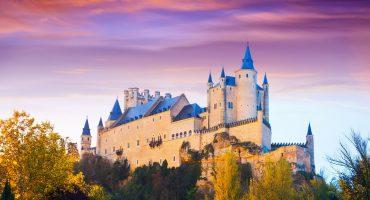 Live a fairy tale in Segovia