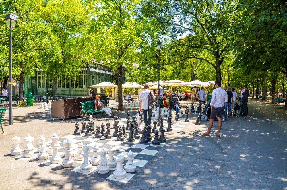 Giant Chess, things to do in Geneva
