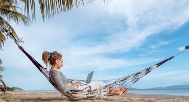 How to live a digital nomad lifestyle with eDreams Prime