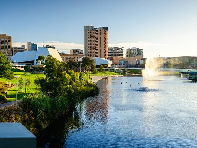Book your holiday to Adelaide with onefront-EDreams