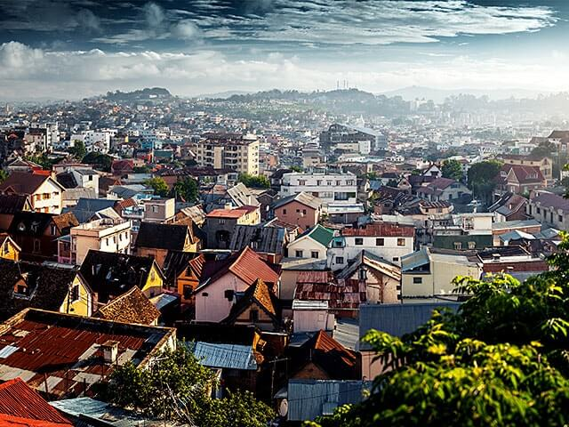 Book your holiday to Antananarivo with onefront-EDreams