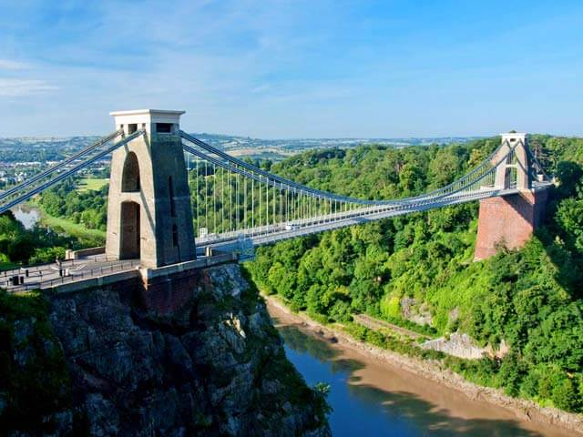 Book your holiday to Bristol with onefront-EDreams