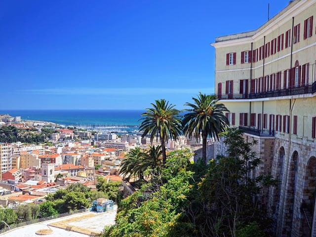 Book your holiday to Cagliari with onefront-EDreams