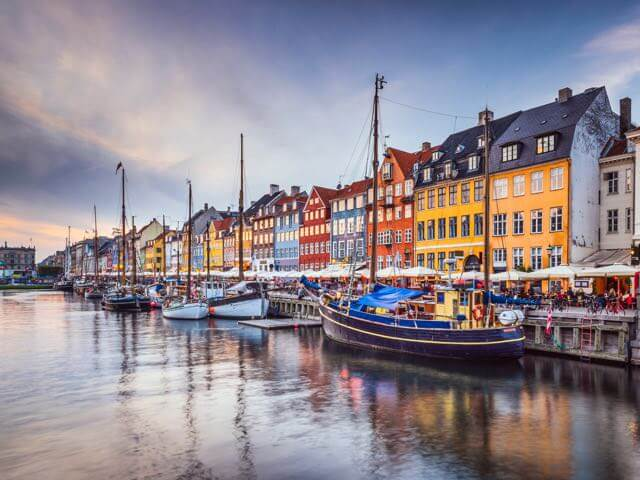 Book your holiday to Copenhagen with onefront-EDreams