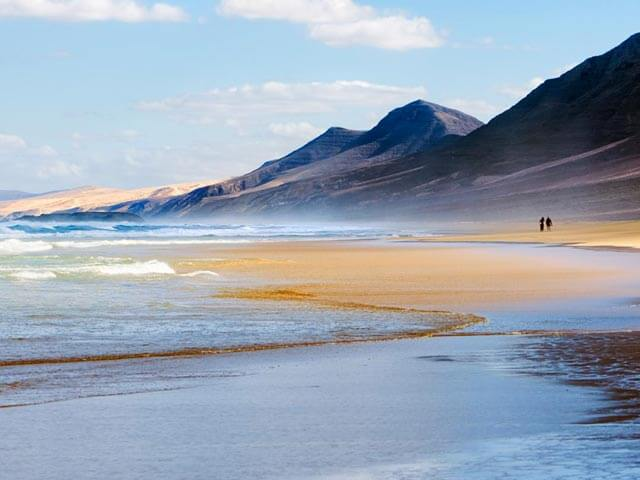 Book your holiday to Fuerteventura with onefront-EDreams