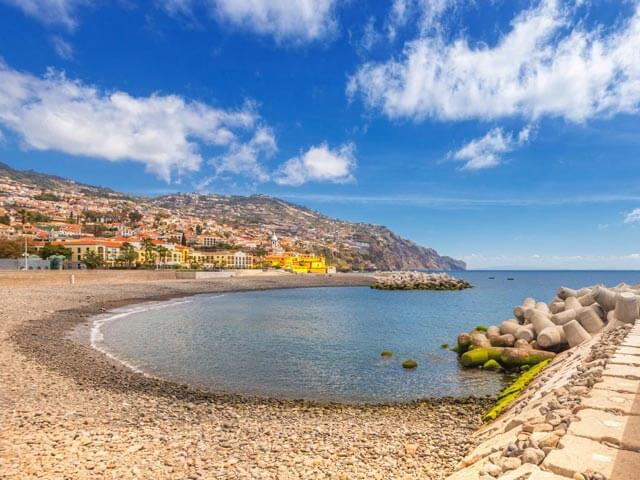 Book your holiday to Funchal with onefront-EDreams