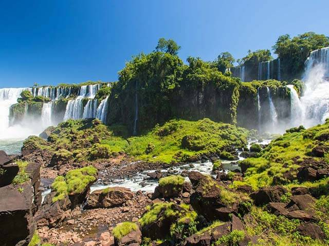 Book your holiday to Iguassu Falls with onefront-EDreams
