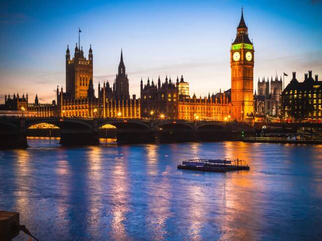 Book your holiday to London with onefront-EDreams