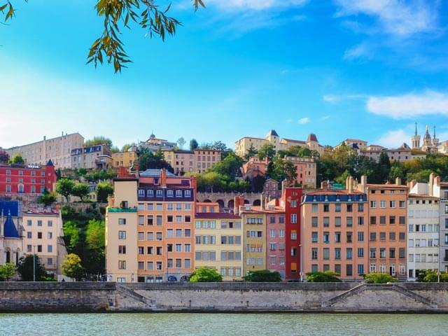 Book your holiday to Lyon with onefront-EDreams