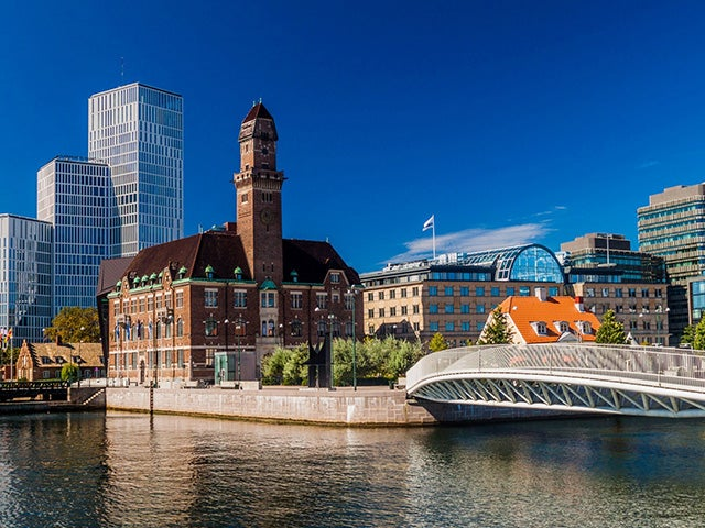 Book your holiday to Malmö with onefront-EDreams
