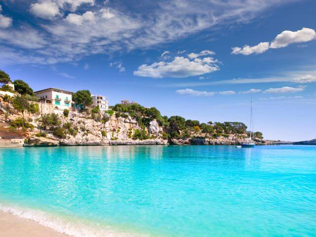 Book your holiday to Palma de Mallorca with onefront-EDreams