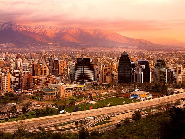 Book your holiday to Santiago de chile with onefront-EDreams