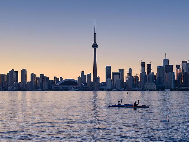Book your holiday to Toronto with onefront-EDreams