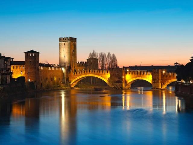 Book your holiday to Verona with onefront-EDreams