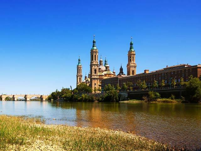 Book your holiday to Zaragoza with onefront-EDreams